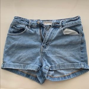 cuffed mom denim shorts (pacsun)